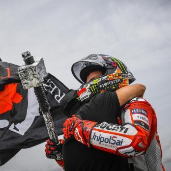 Lorenzo mit Hammer-Pace zu großartigem Sieg
