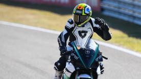 元500ccクラスライダーのユルゲン・ファン・デン・グールベルグがTT・サーキット・アッセンでデモ走行を実施。