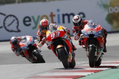 Lorenzo resiste, cambia de ritmo y bate a Márquez en Austria