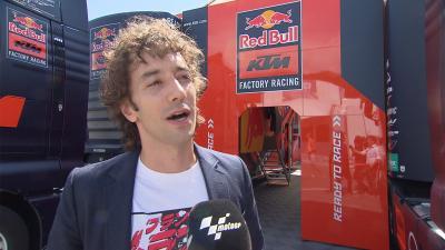 Albert Hammond Jr. im MotoGP™ Fahrerlager in Österreich