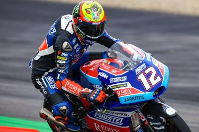 Bezzecchi dominates Moto3™ Warm Up