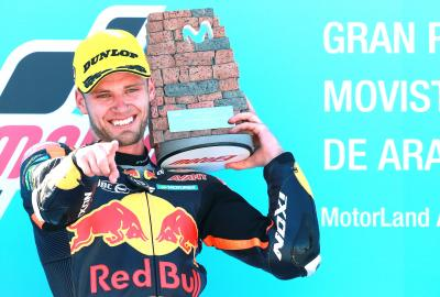 Binder brilliantly battles to victory at MotorLand