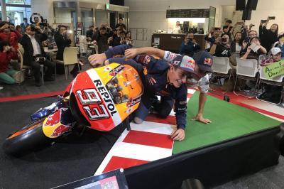 Honda Fahrer beim Heimspiel in Japan