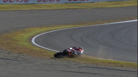 With just 2 laps of the Japanese GP remaining, Dovizioso crashes out of second place, leaving Marquez to take the 2018 World Championship