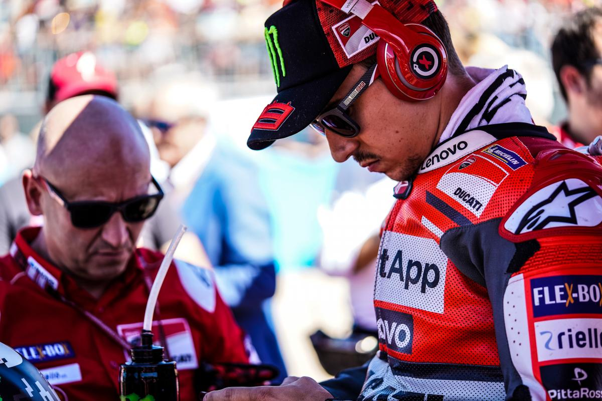 Lorenzo declared fit for Malaysia | MotoGP™