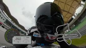 Atrévete a dar una vuelta al trazado Malaysiano y acompaña a Simon Crafar, en primera persona, gracias a las cámaras de acción GoPro™