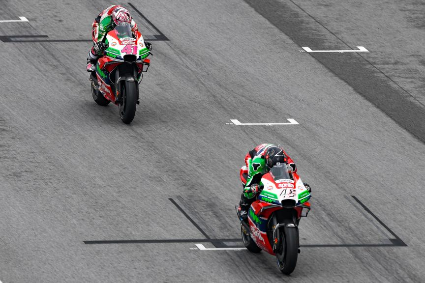 Scott Redding, Aleix Espargaro, Aprilia Racing Team Gresini, Shell Malaysia Motorcycle Grand Prix