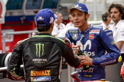 Rossi e Zarco a gonfie vele, Viñales a vento contrario