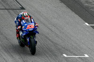 Movistar Yamaha duo top Malaysian GP Warm Up