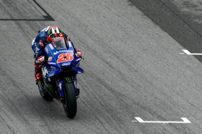Yamaha avisa: Viñales y Rossi arrasan en el Warm Up