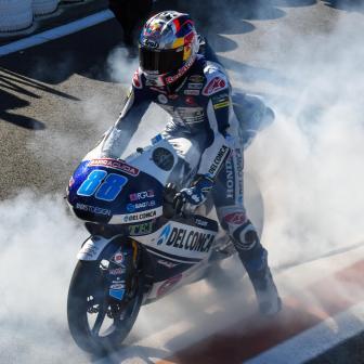 Das letzte Hurra: Valencia wartet auf die Moto3™