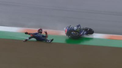 Nasty crash for Viñales destroys his bike