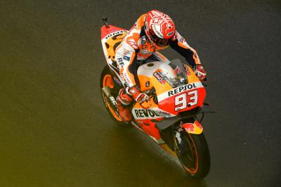 Marquez 0.805 clear in rain-soaked Valencia Warm Up