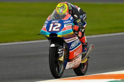 Bezzecchi leads all-Italian top five in wet Warm Up