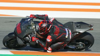 FREE: Jorge Lorenzo's first pit out with Repsol Honda