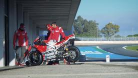 Die App und motogp.com bieten Live Timing, Interviews, Action von der Strecke und eine LIVE Analyse der Testfahrten in Jerez