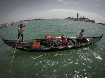 Jeu de piste dans les rues de Venise...