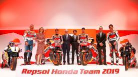 Das Repsol Honda-Team vereint die Kräfte von Marquez und Lorenzo mit Mick Doohan im Hintergrund und setzt ihre Ziele für 2019