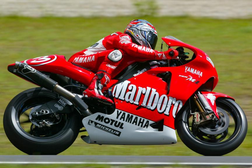 Yamaha Factory Racing, 2002