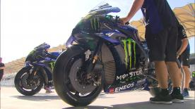 Maverick Viñales and Valentino Rossi are on track at Sepang with their new M1s, new title sponsor and new colours