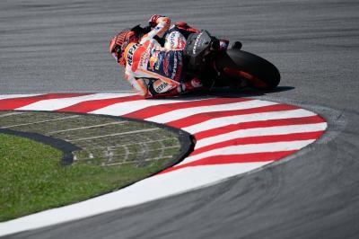 Márquez lidera el dominio español en el inicio del test