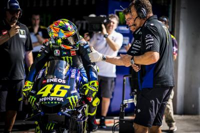 Rossi and Viñales talk about the 2019 M1 engine