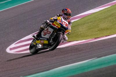 Lowes and Luthi lead the way on Day 3 in Qatar