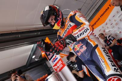 ¡Lorenzo sufre una fisura de costilla por la caída en Qatar!