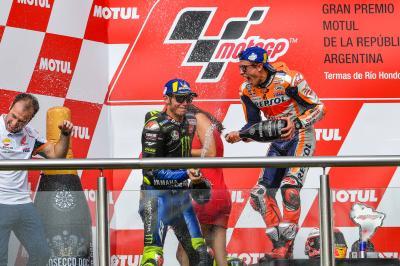 Márquez no cierra la puerta a compartir equipo con Rossi