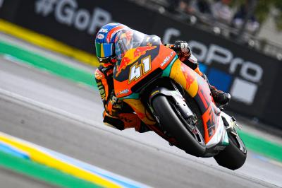 Binder aúpa a KTM al top y Baldassarri mantiene el ritmo