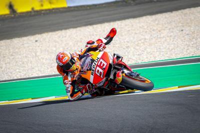 Márquez revoluciona Le Mans con su salvada más bestia
