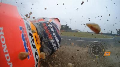 Marquez crashes whilst pushing the limits in wet Q2