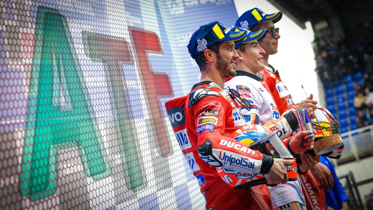 After the Flag: a one-man Honda army stops Ducati in France