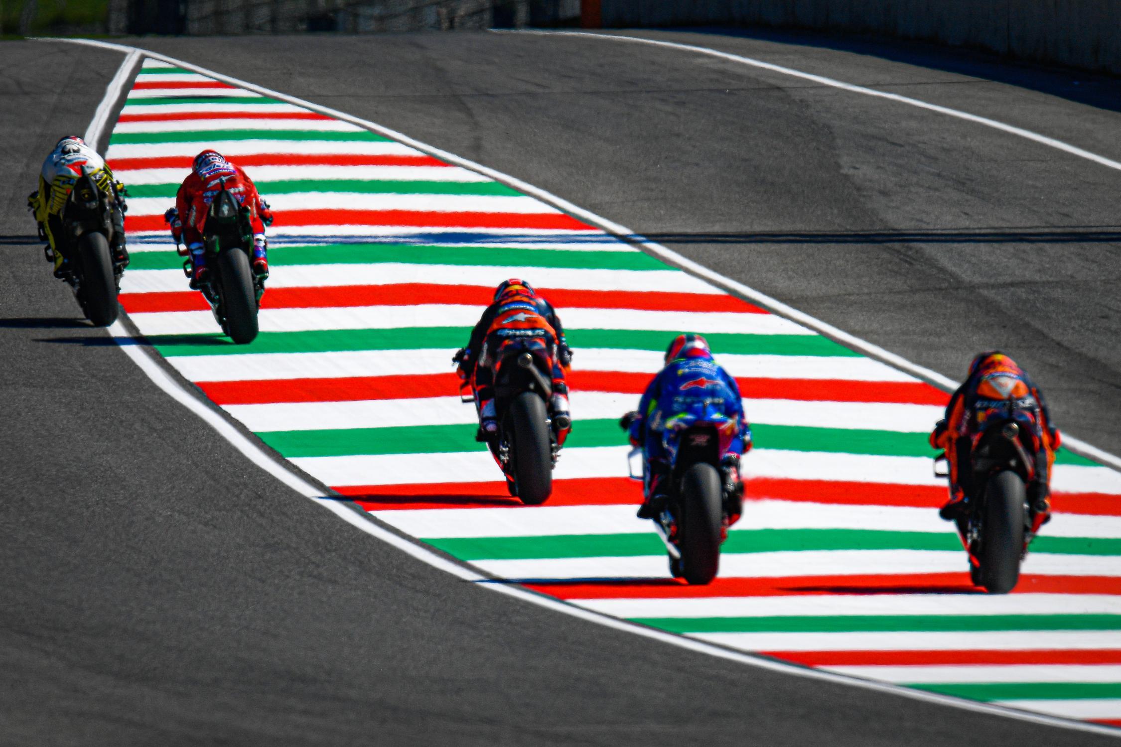 Le bar de la compétition moto ! - Page 39 _dsc7690.gallery_full_top_fullscreen