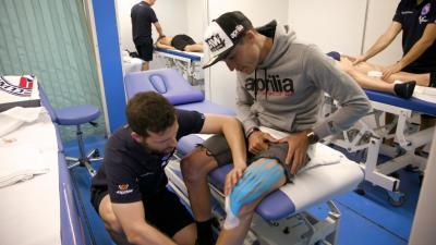 Wie hat sich Aleix Espargaro von einer schweren Knieverletzu