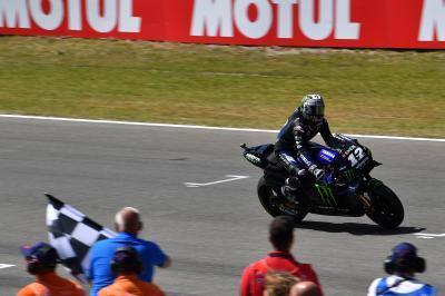 Viñales win ensures Yamaha enjoy a dominant Dutch GP