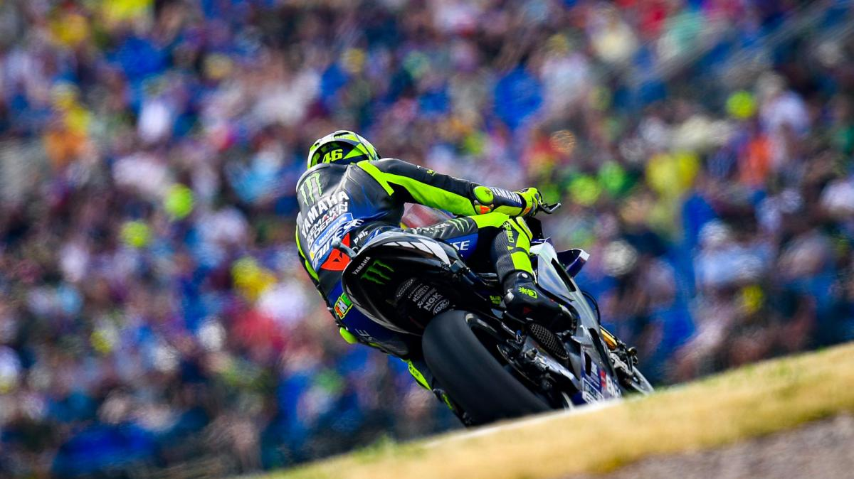 Rossi out to reclaim 'Sunday Rider' title