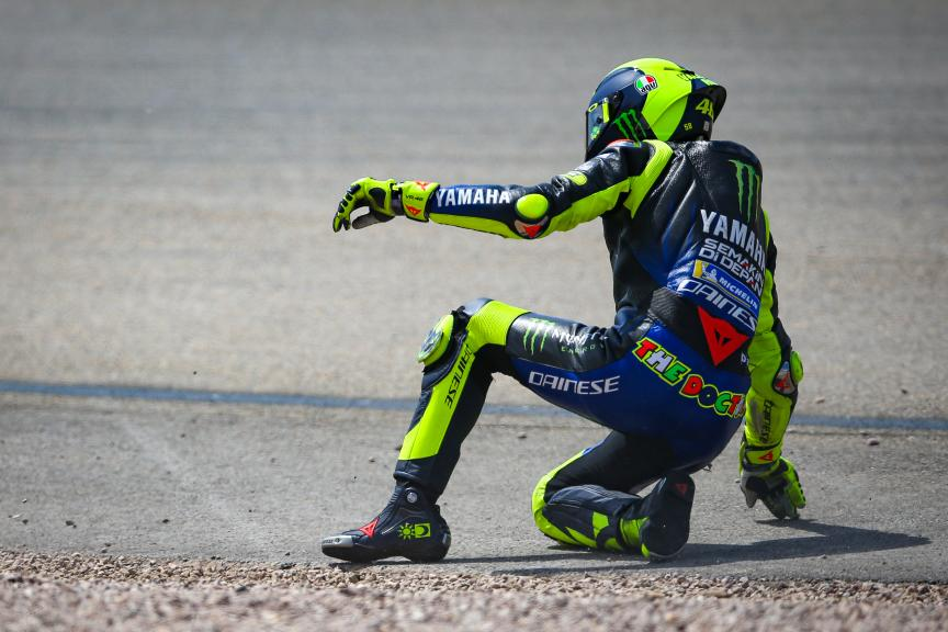 Crash Valentino Rossi, Monster Energy Yamaha MotoGP, HJC Helmets Motorrad Grand Prix Deutschland © Graham Holt