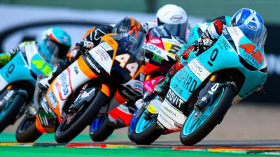 The thrilling final moments of the Moto3™ war in Saxony