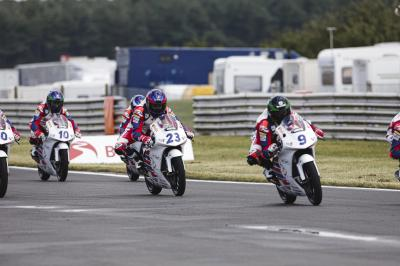 Horsman comes out on top in dramatic Race 2 duel
