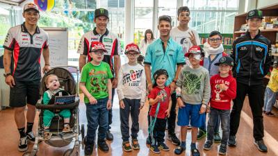 Nakagami & Crutchlow spend time at Meyer Children's Hospital