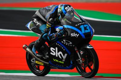 Vietti leaves it late to end the day fastest in Moto3™