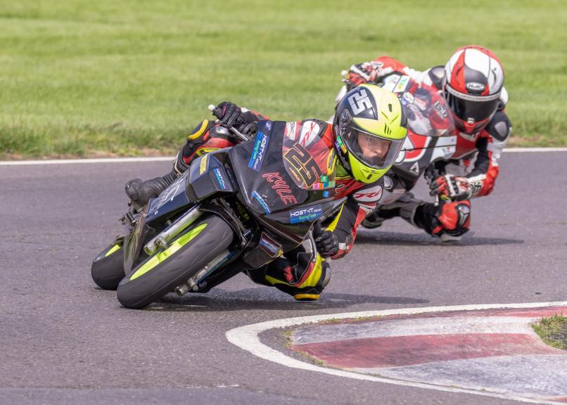 Cool FAB Racing British Minibikes Championship