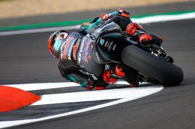 Quartararo rompe el récord y lidera la exhibición de Yamaha