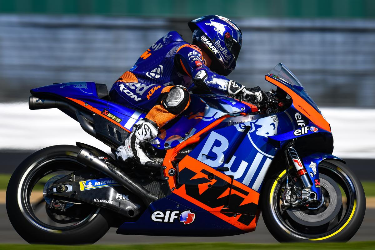 "Poncharal: Oliveira ""loves"" KTM factory parts"
