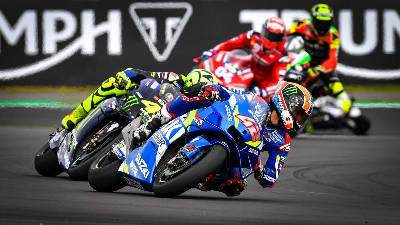Marquez Beats Rossi In Silverstone Q2 Stunner Motogp