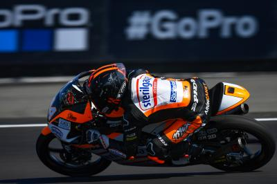 Title contender Canet tops Moto3™ Warm Up