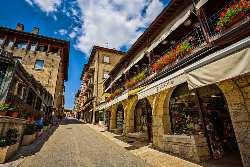 Destination Guide - San Marino