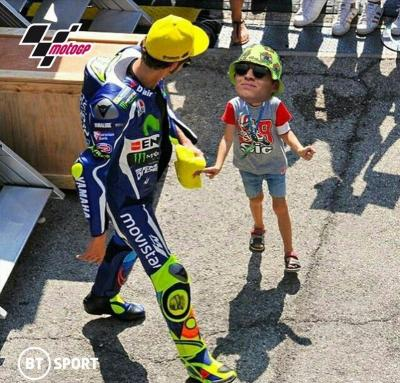 Throwback to Silverstone... went to meet #VR46