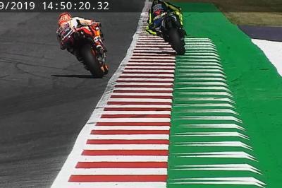 Il momento in cui Rossi e Marquez raggiungono il limite